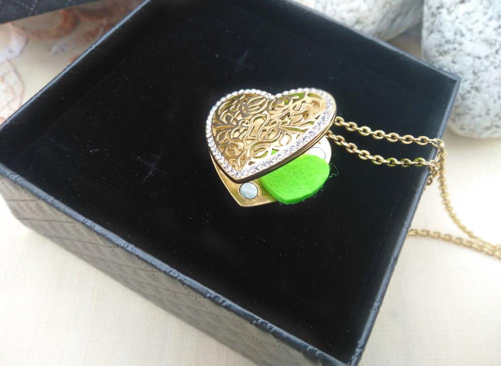 Aroma šperk srdce kryštálový zámok zlatý otvorený