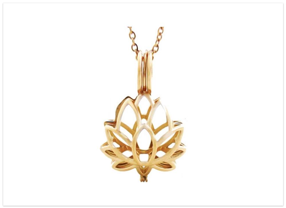 Aroma prívesok lotos zlatý