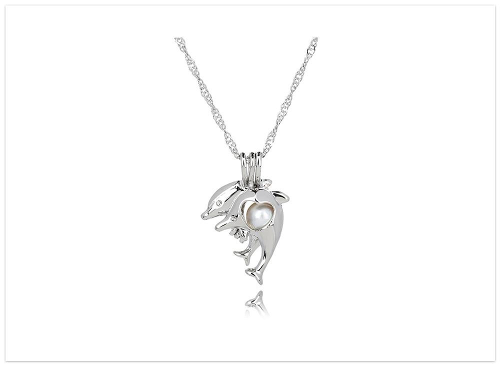 Prívesok delfín otvárateľný s riečnou perlou